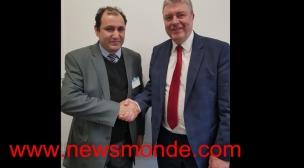 باريس:النائب البرلماني جون بول لوكوك يستقبل الصحفي طالب اللجوء محمد راضي الليلي